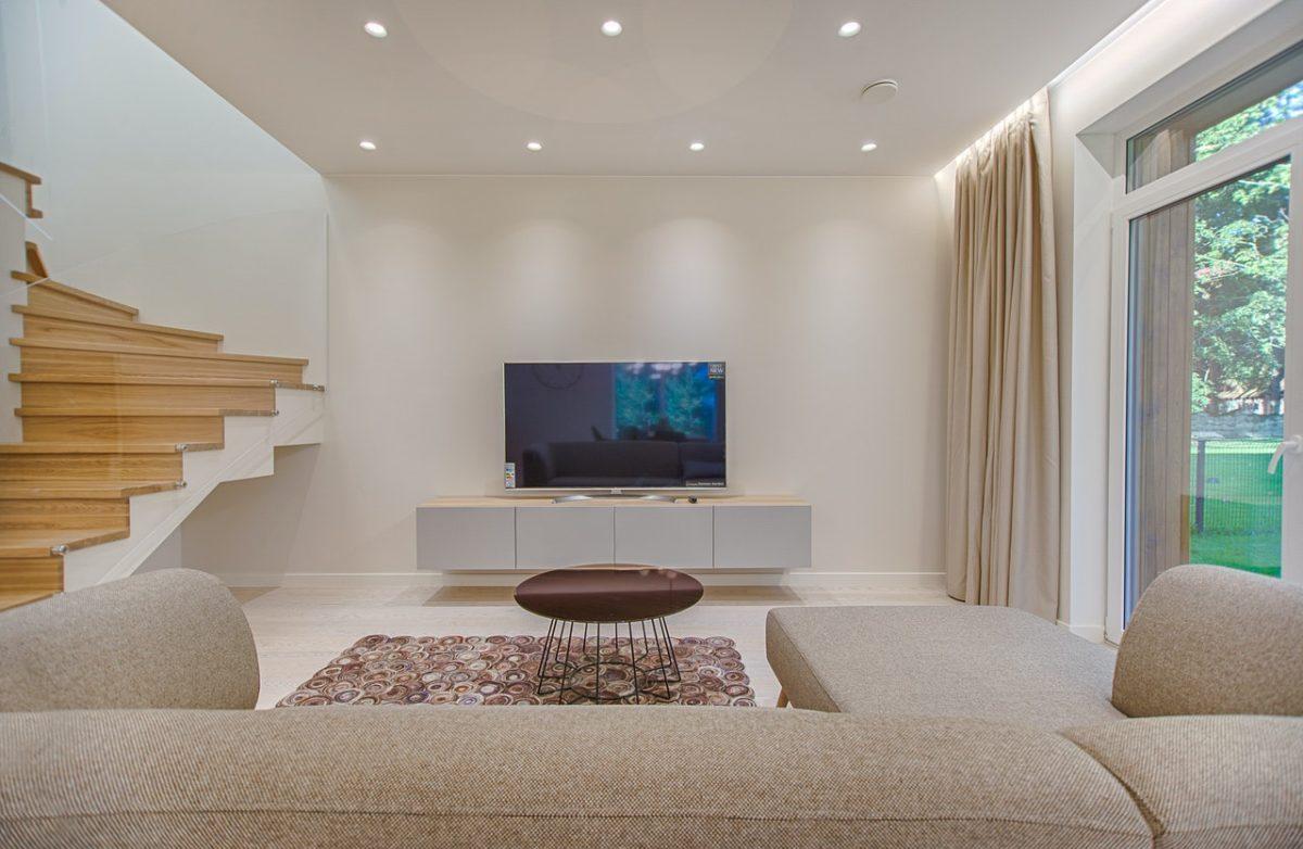 Jak wybrać odpowiednie meble pod telewizor?